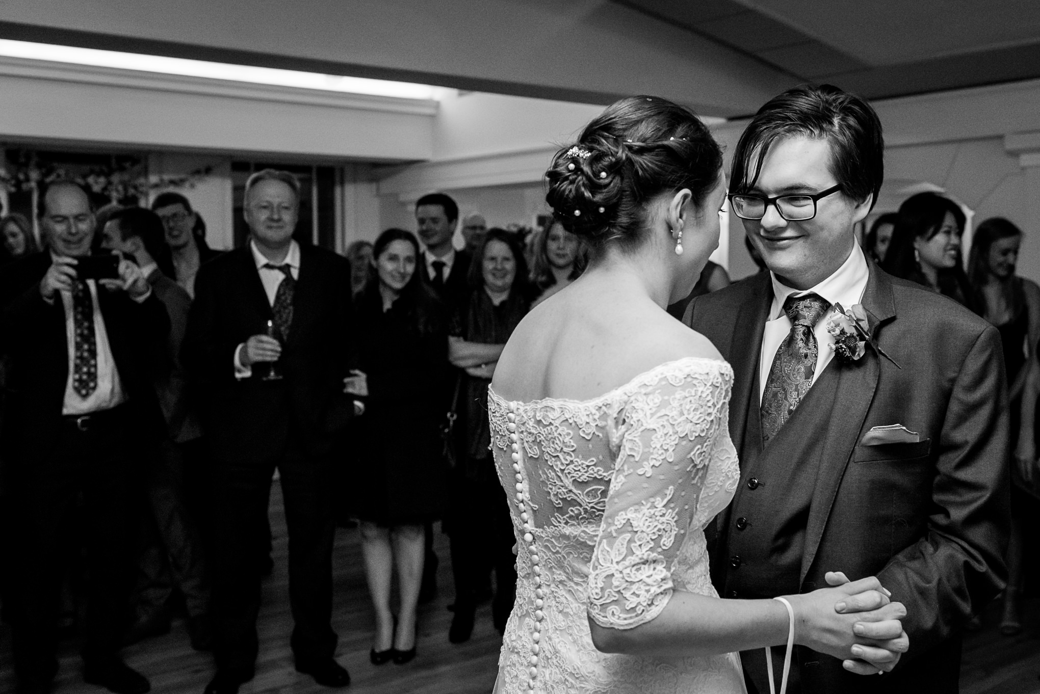 carine bea photography, london wedding photography, london wedding photographer, documentary wedding photographer, pembroke lodge wedding, richmond wedding photographer, richmond wedding photography, richmond wedding venue, winter wedding photos, winter wedding photographer
