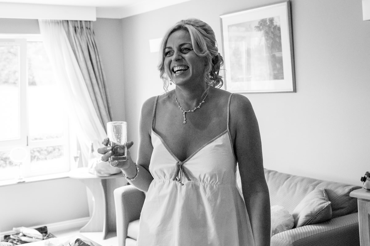 wedding photographer essex, Carine Bea – London Wedding Photographer – Barbara and Adrian's big family