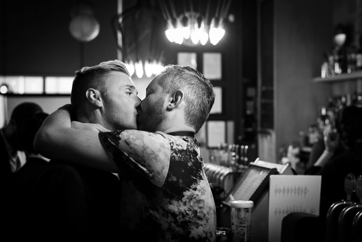 gay kiss at wedding, Carine Bea Photography