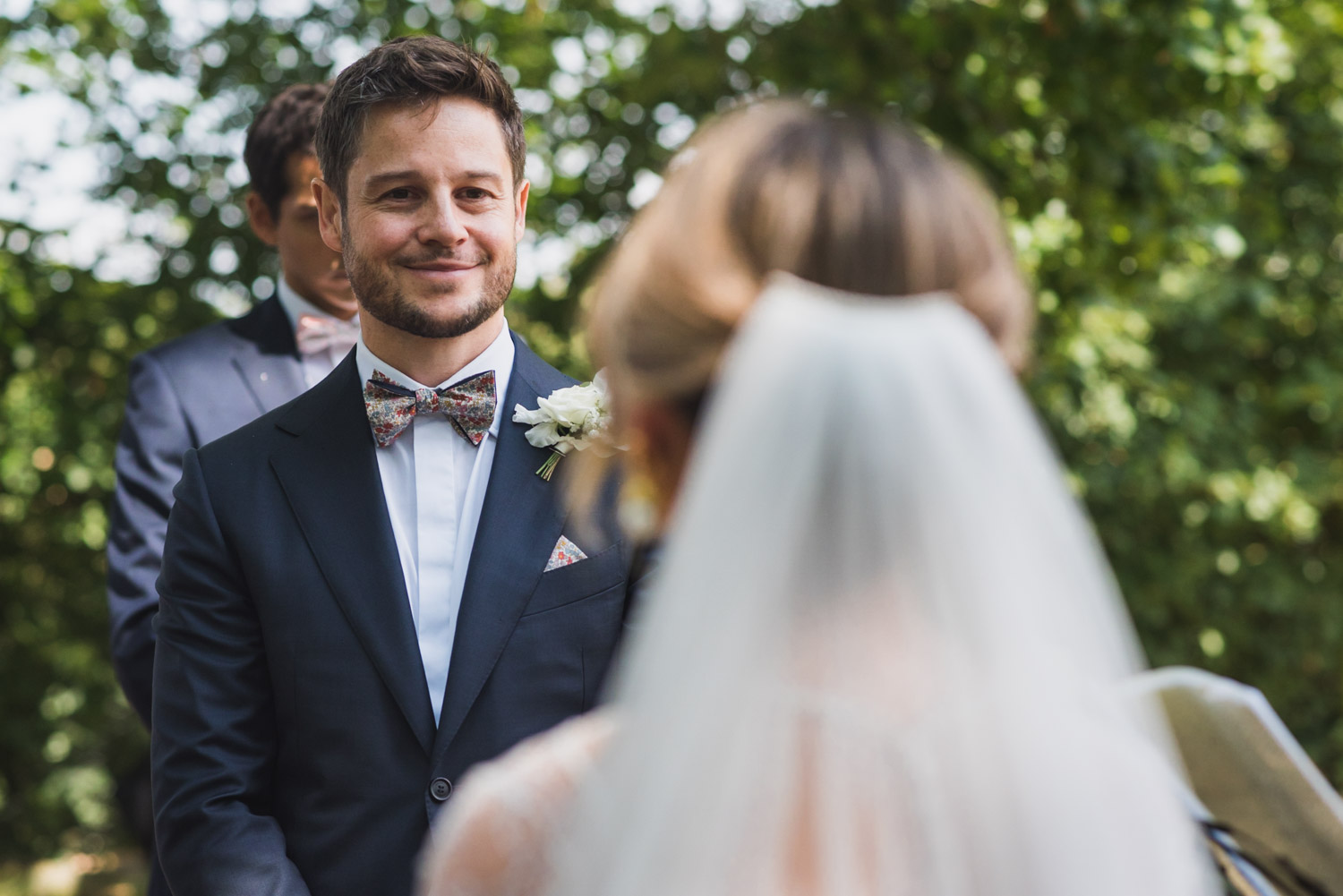 Outdoor wedding- Groom first look, covid-tips, Carine Bea Photography