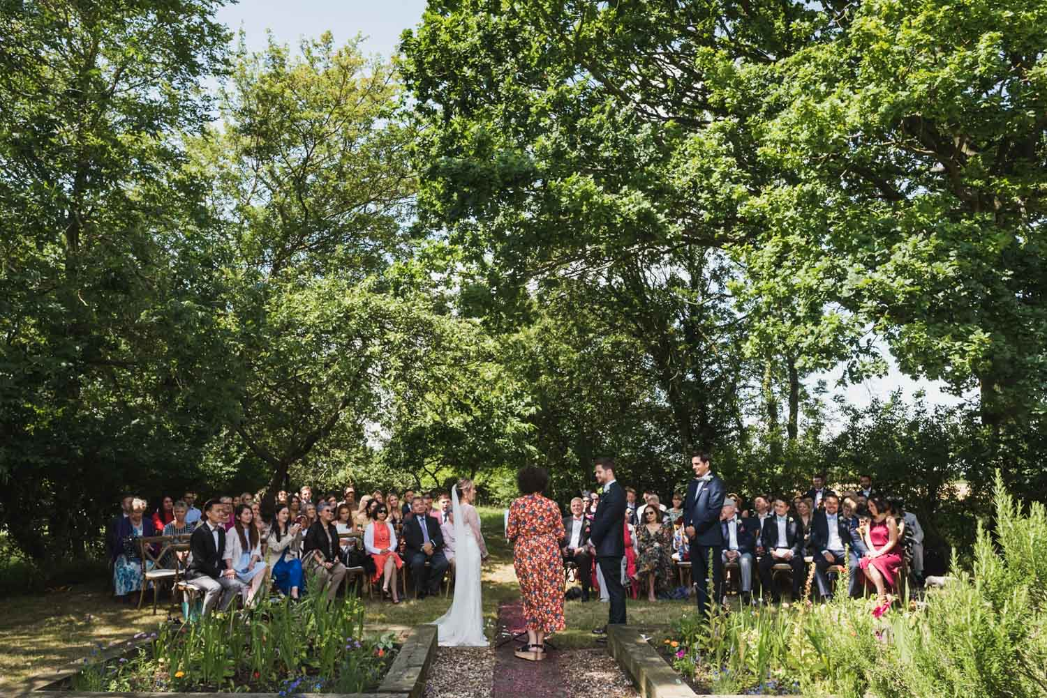 Outdoor wedding, covid-tips, Carine Bea Photography