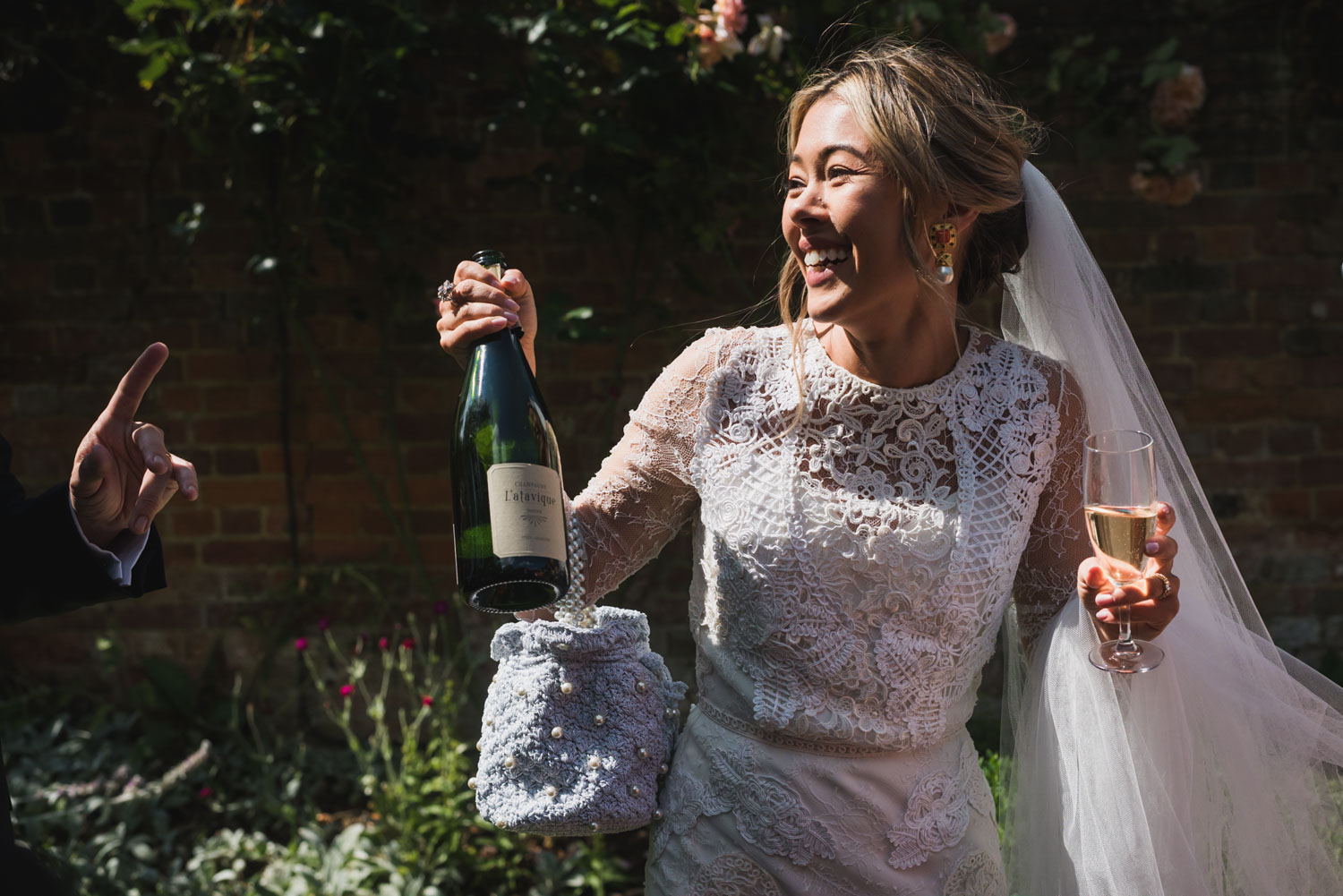 Proseco in a wedding, Carine Bea Photography