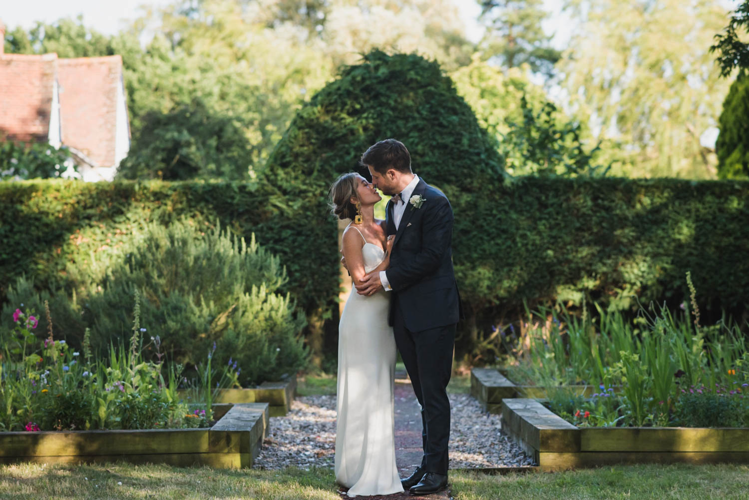 Wedding portrait at garden, Carine Bea Photography