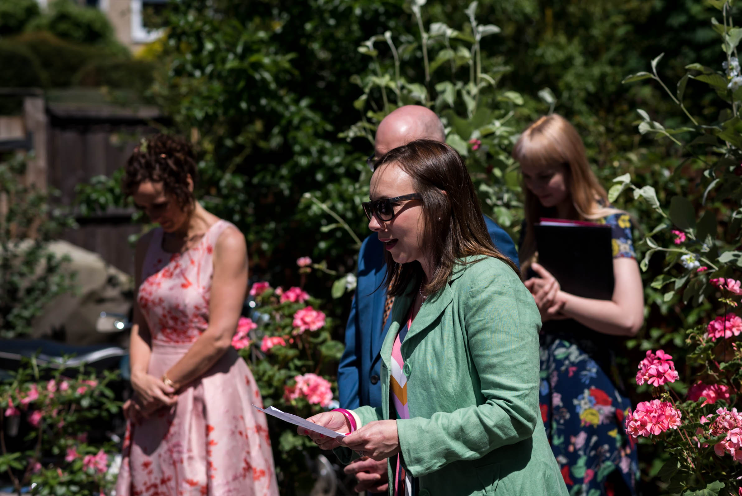 Carine Bea Photography, wedding ceremony at back garden