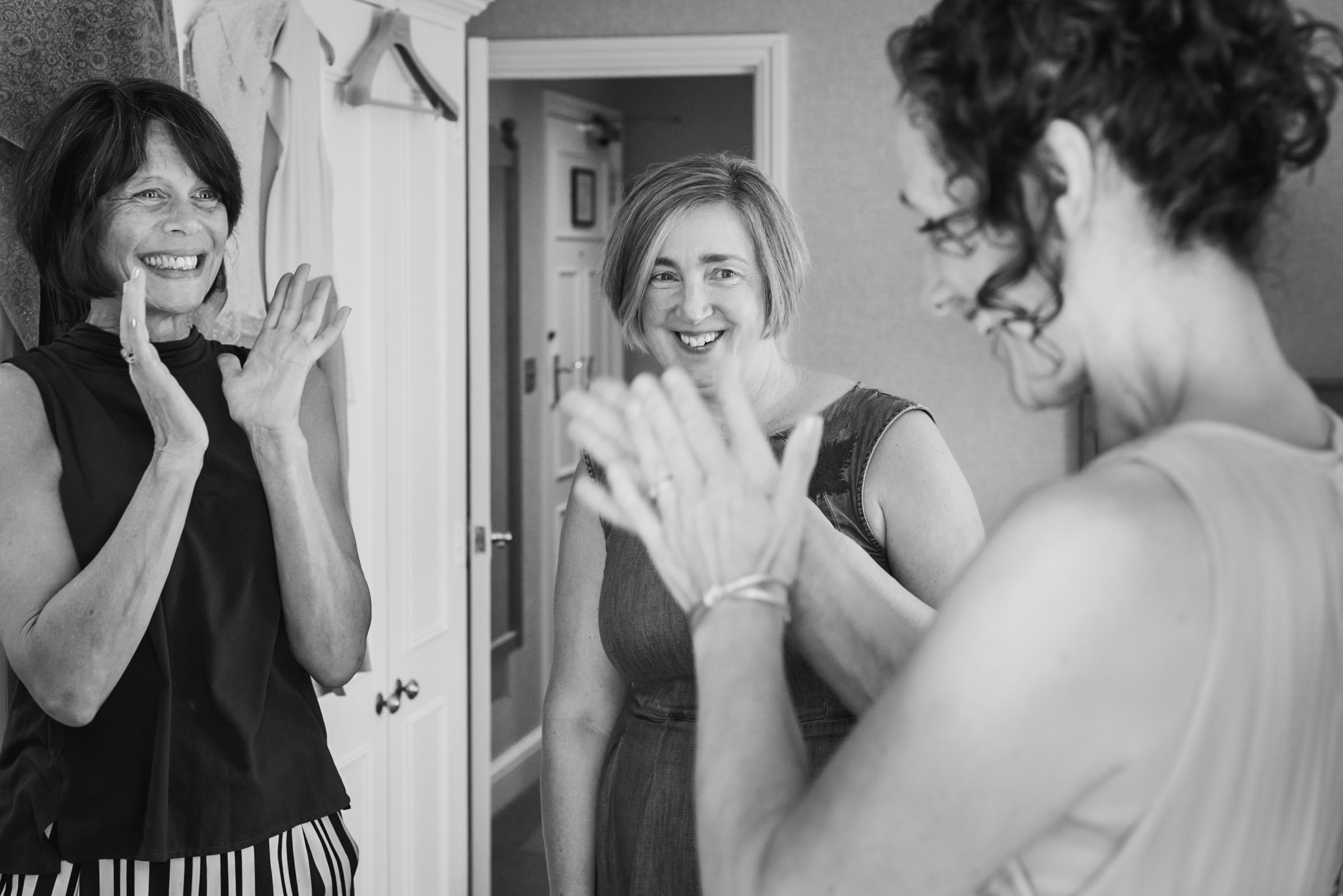 Carine Bea Photography, bride getting ready