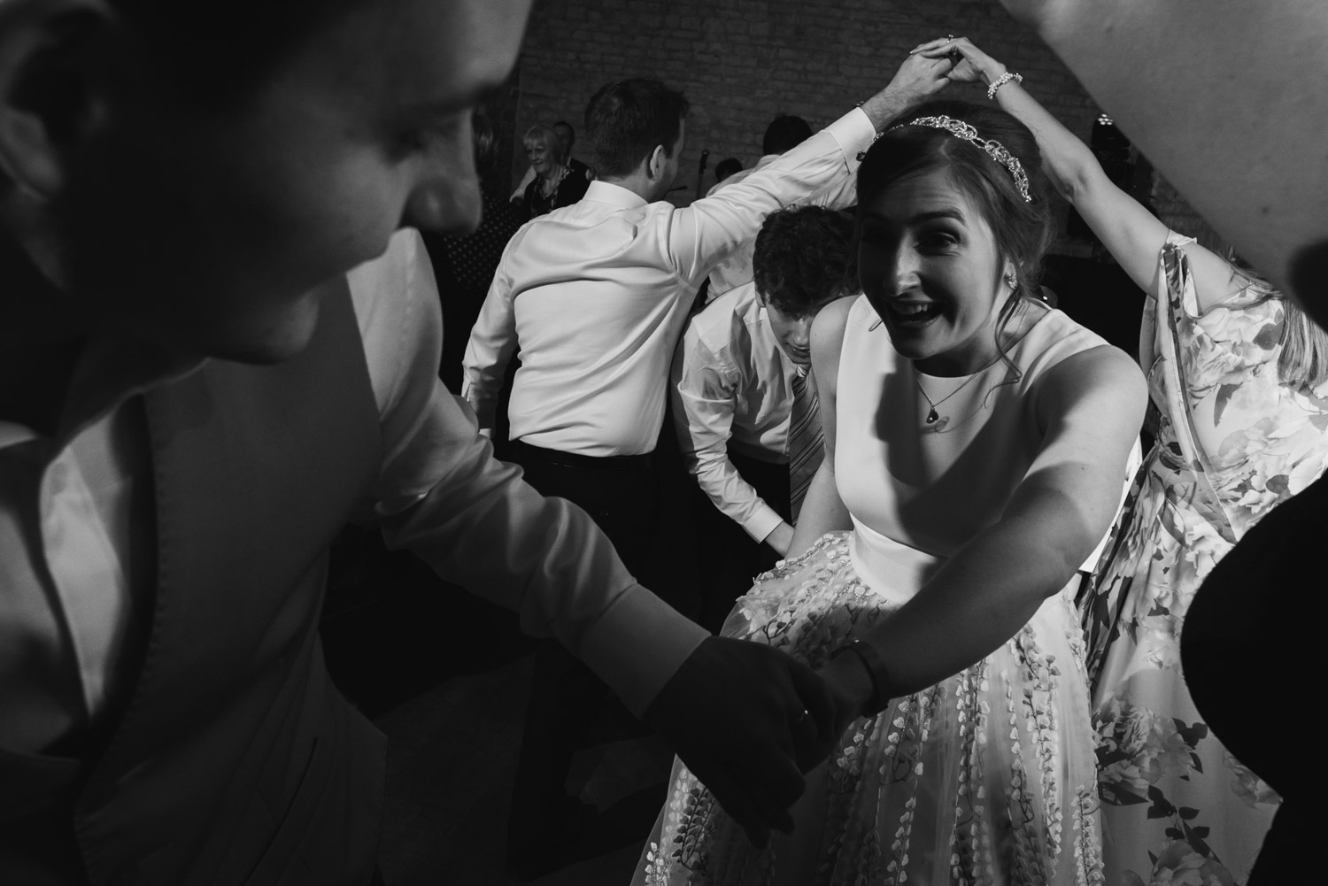 carine bea photography, wedding ceilidh dance