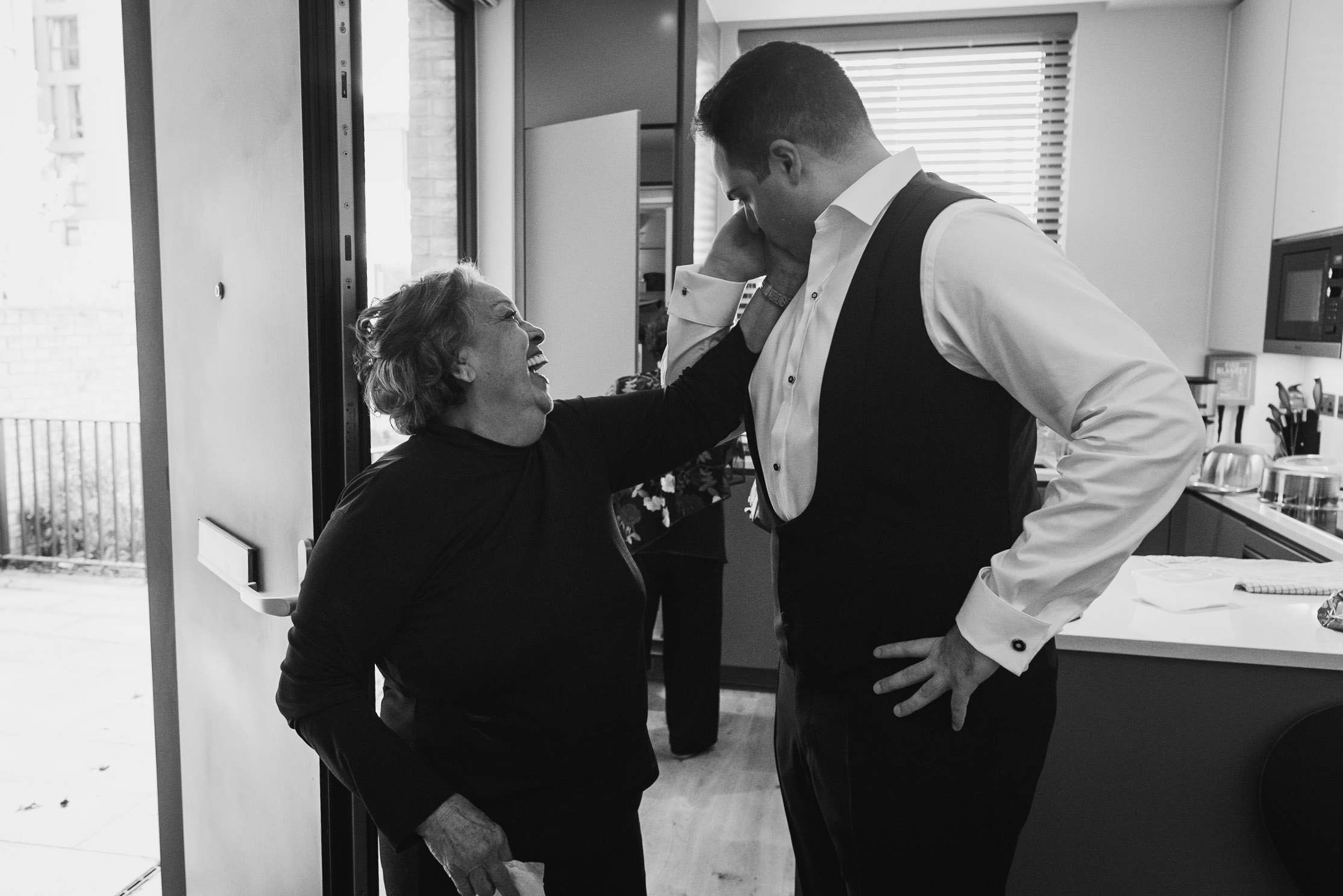 carine bea photography, groom preparations wedding london